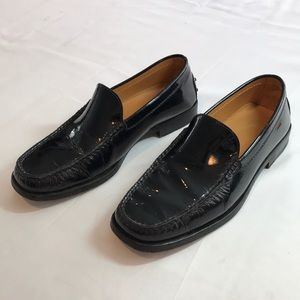 Tod's women's black patent leather loafers 6.5